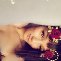 Cute-Nicole