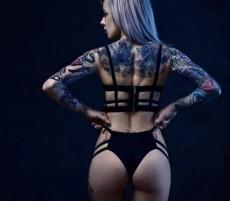 Khaleesi Buttz