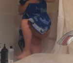 Milf Spied Cleaning Bathroom Naked 1