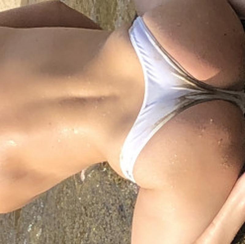 string bikini Ruffle