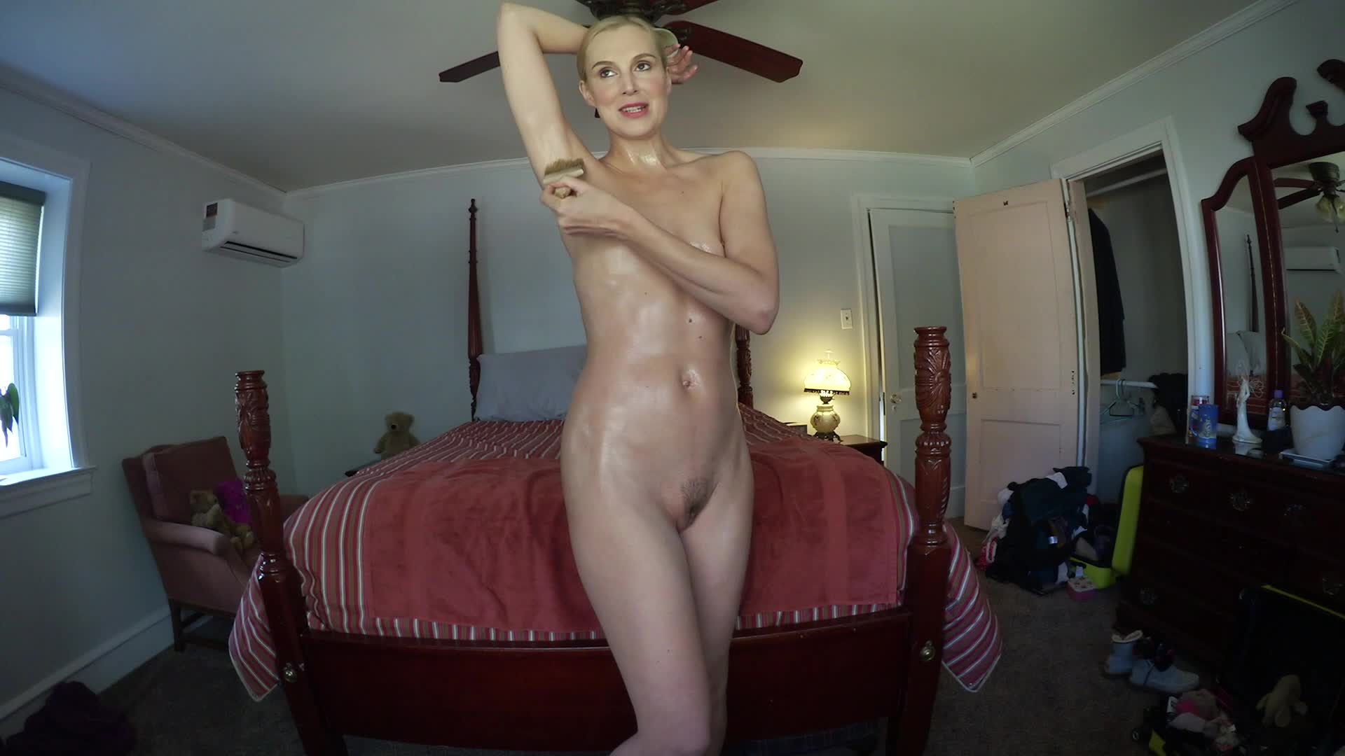"""""""Ariel Anderssen""""  (Lotion/Oil Fetish, Erotic Nude, Playboy Style Nudes, Glamour Nude, Barefoot) Lubricating My Body! ManyVids Production"""
