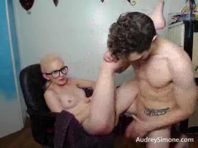 AudreySimone'd vid