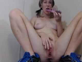 Twitch girl masturbate