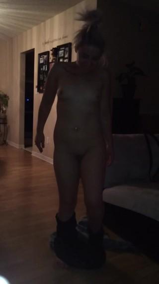 Courtney Love'd vid