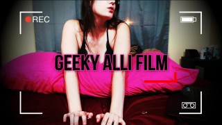 GeekyAlli'd vid