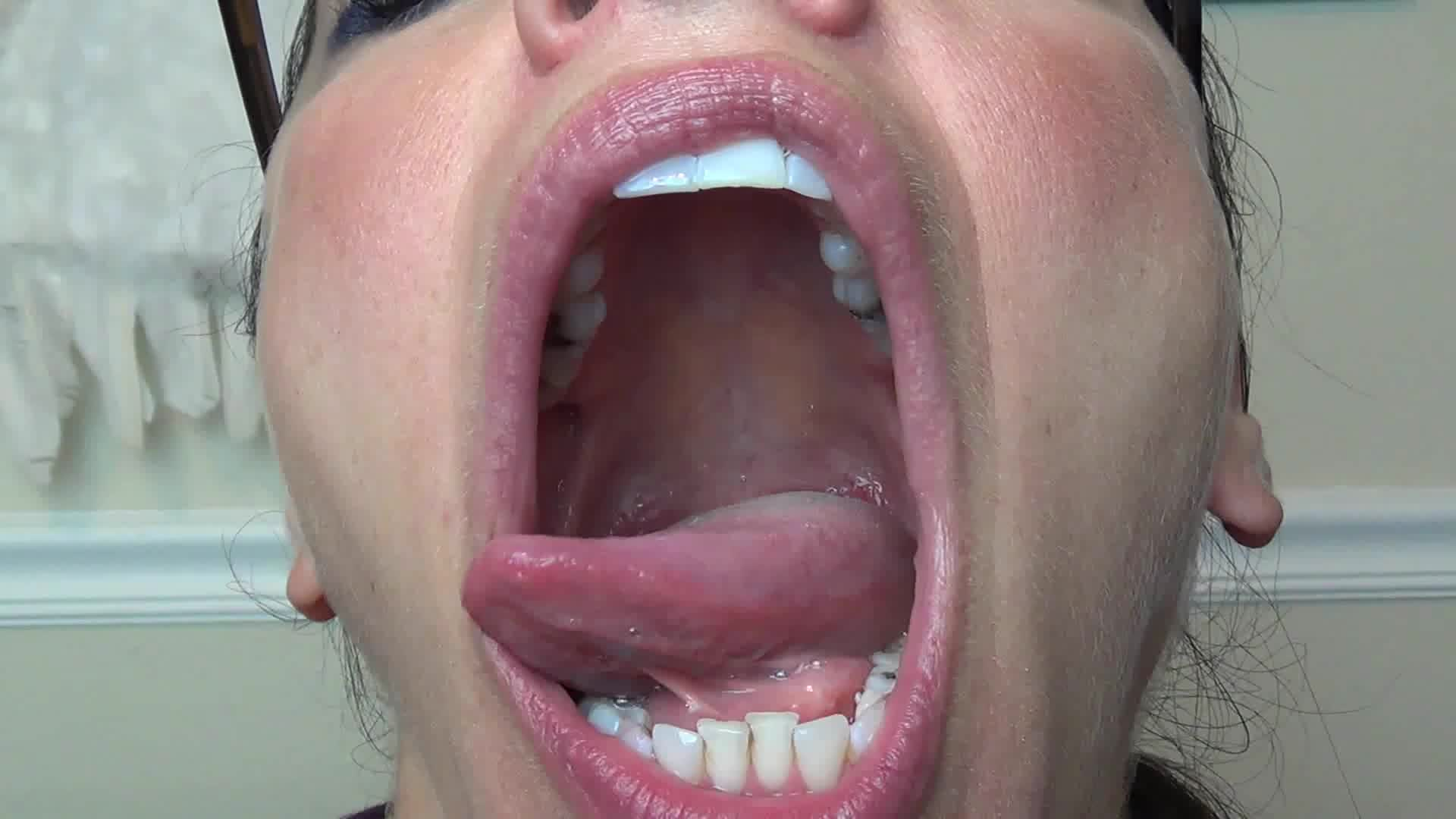 She Told Me Cum Her Mouth