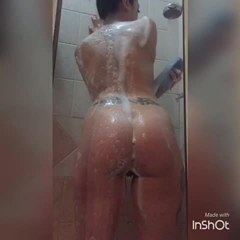 Italianporno1001'd vid
