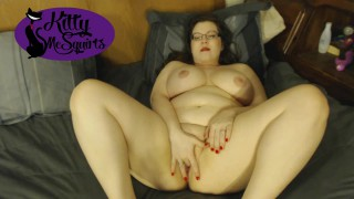Kitty McSquirts'd vid