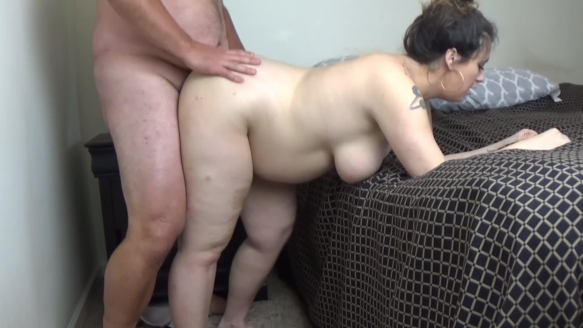 Big Tit Brunette Milf Creampie