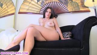 Mandy Flores'd vid