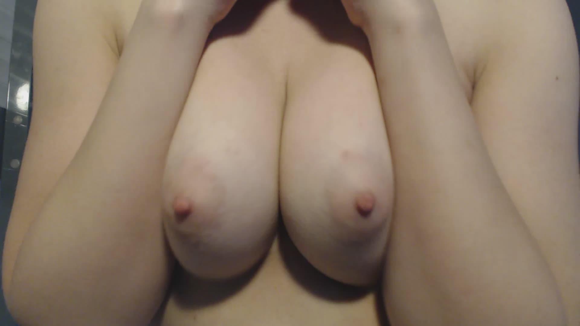 Mikayla_Moon'd vid