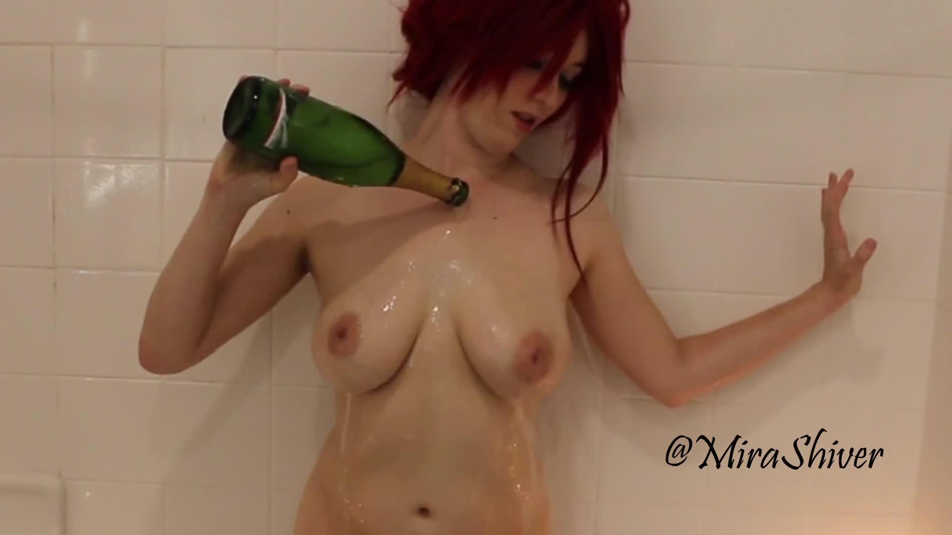 """Mira Shiver"" (Bathtub Fetish, Shower, Cosplay, Food, Costume) Rias Gremory Champagne SloMo - ManyVids Production"