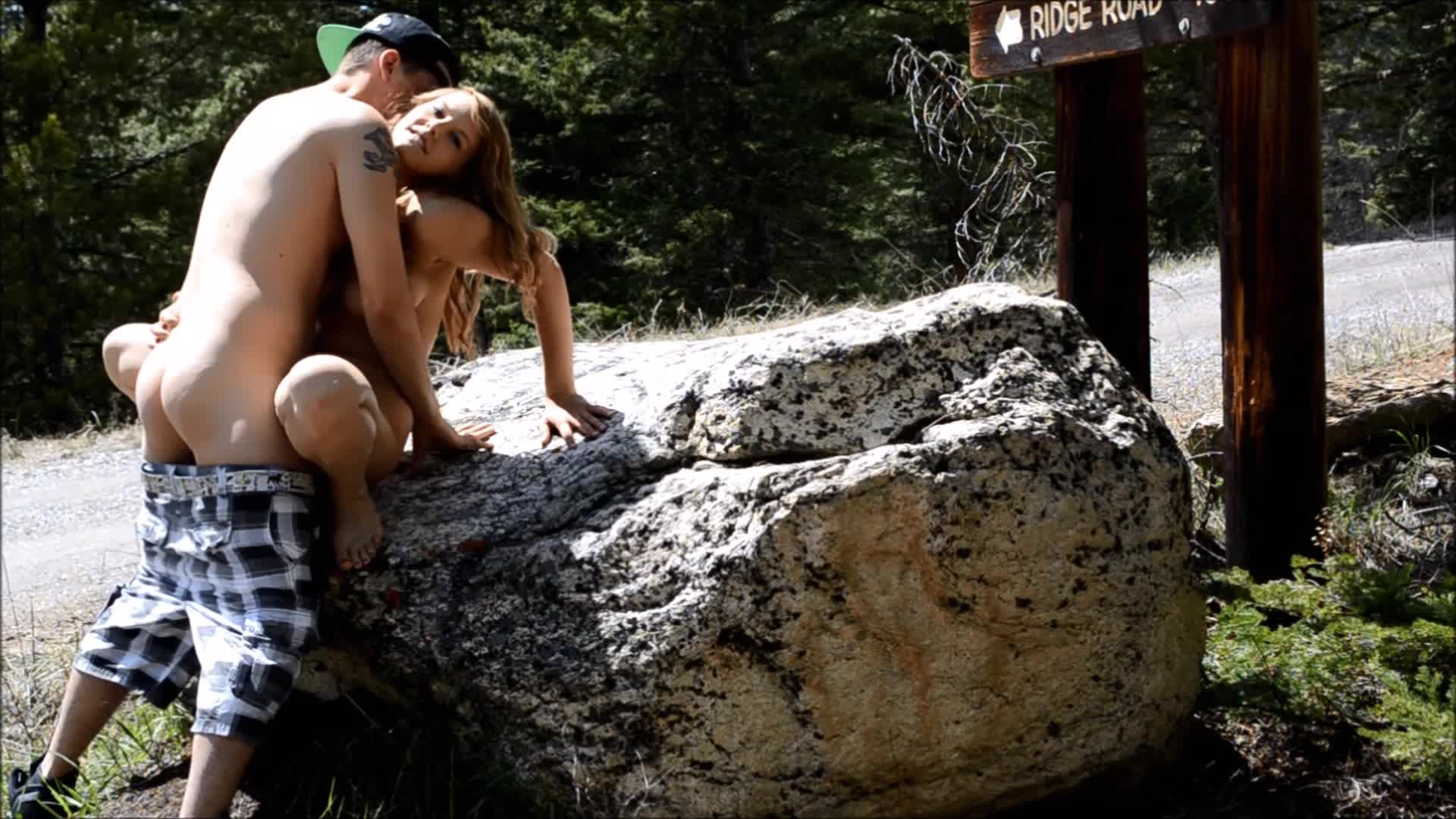 """Mya Lane"" (Outdoors, Outdoor Public Blowjobs, Public Outdoor, Exhibitionism, Public Nudity) Getting Fucked in Nature - ManyVids Production"