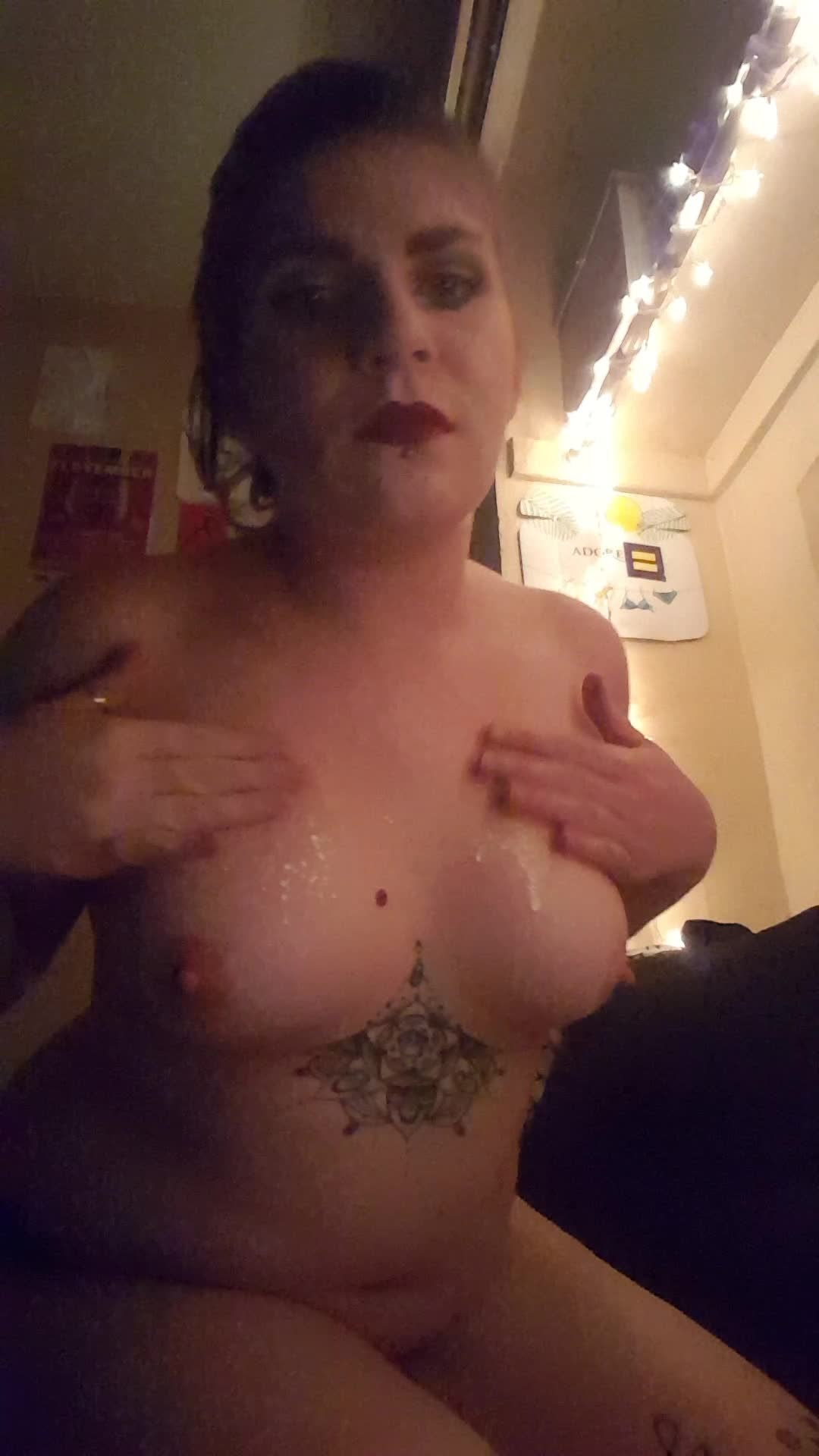 Nixie Rivers'd vid