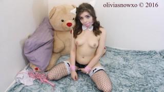 OliviaSnowxo'd vid