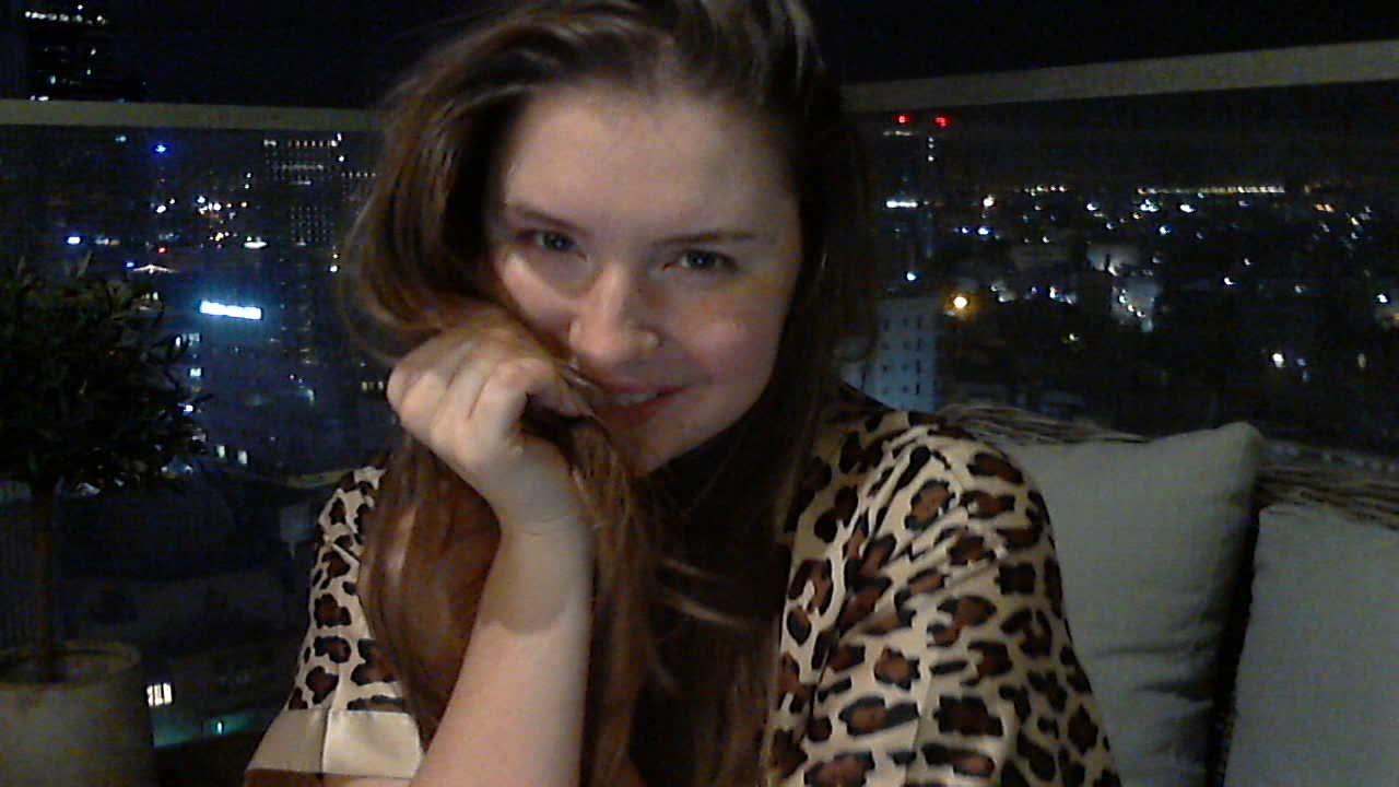 Olivia_Fox'd vid