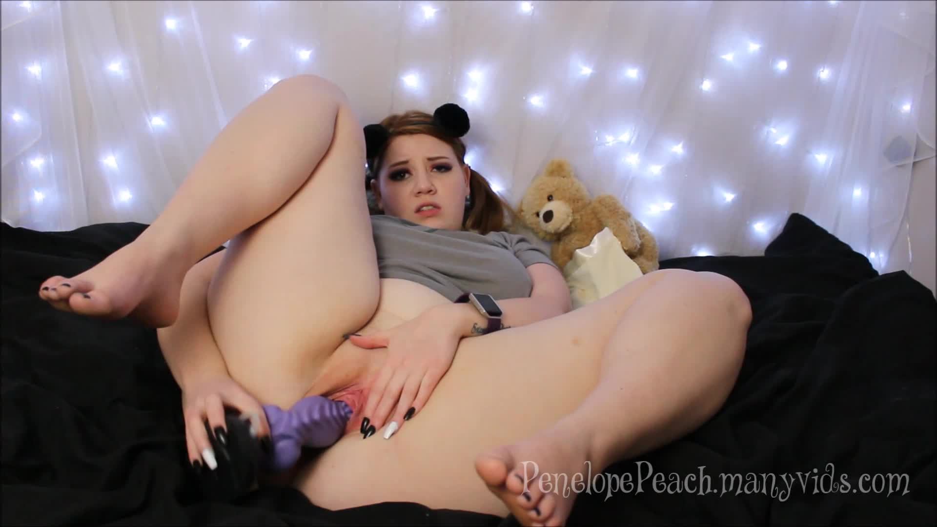 """Penelope Peach""  (Aliens & Monsters, BBW, Daddys Girl, Pussy Stretching, Role Play) Peach Fucks the Monster Under Her Bed ManyVids Production"