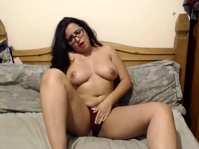 Sonya Lee'd vid