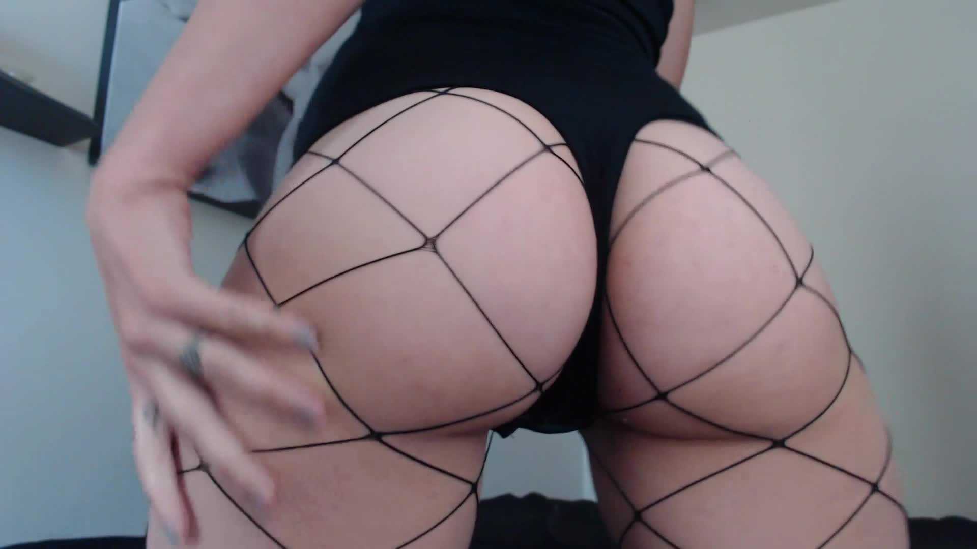 """Stella_Von_Savage"" (Ass, Ass Worship, Booty Shaking, Twerk, White Booty) Ass Shaking Twerk in Fishnets and Thong - ManyVids Production"