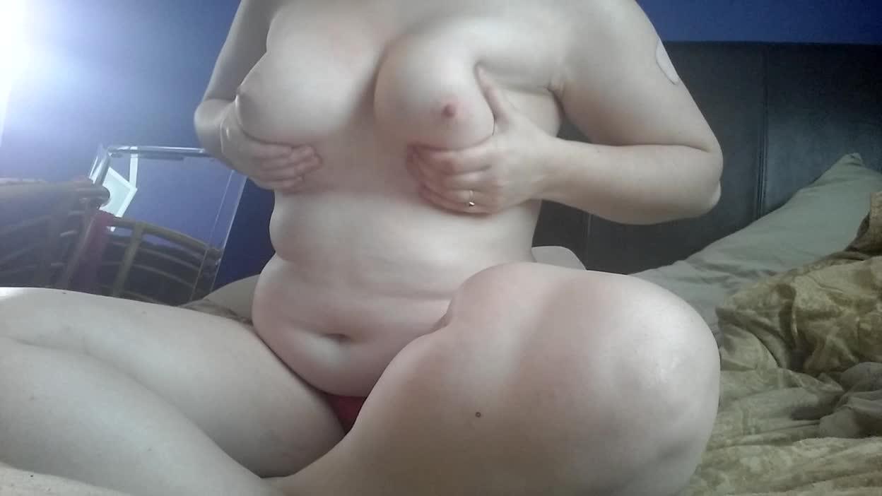 bbyfoxgirl'd vid