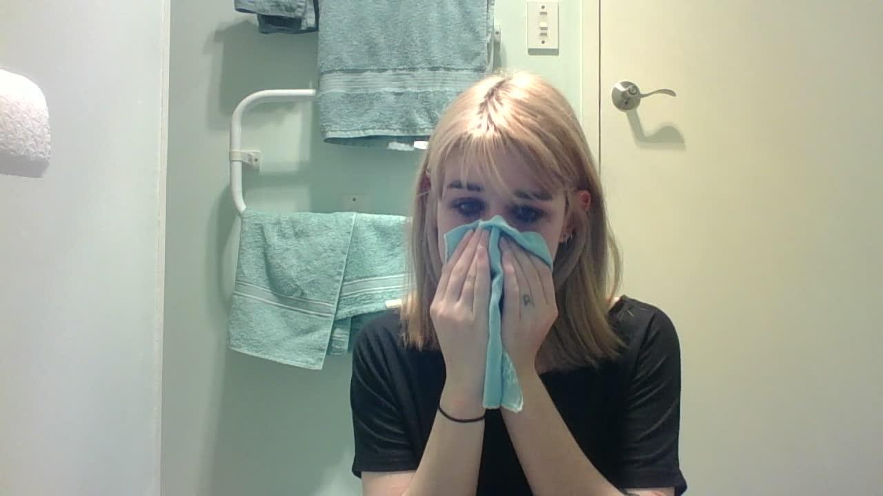 cryingg_katya'd vid