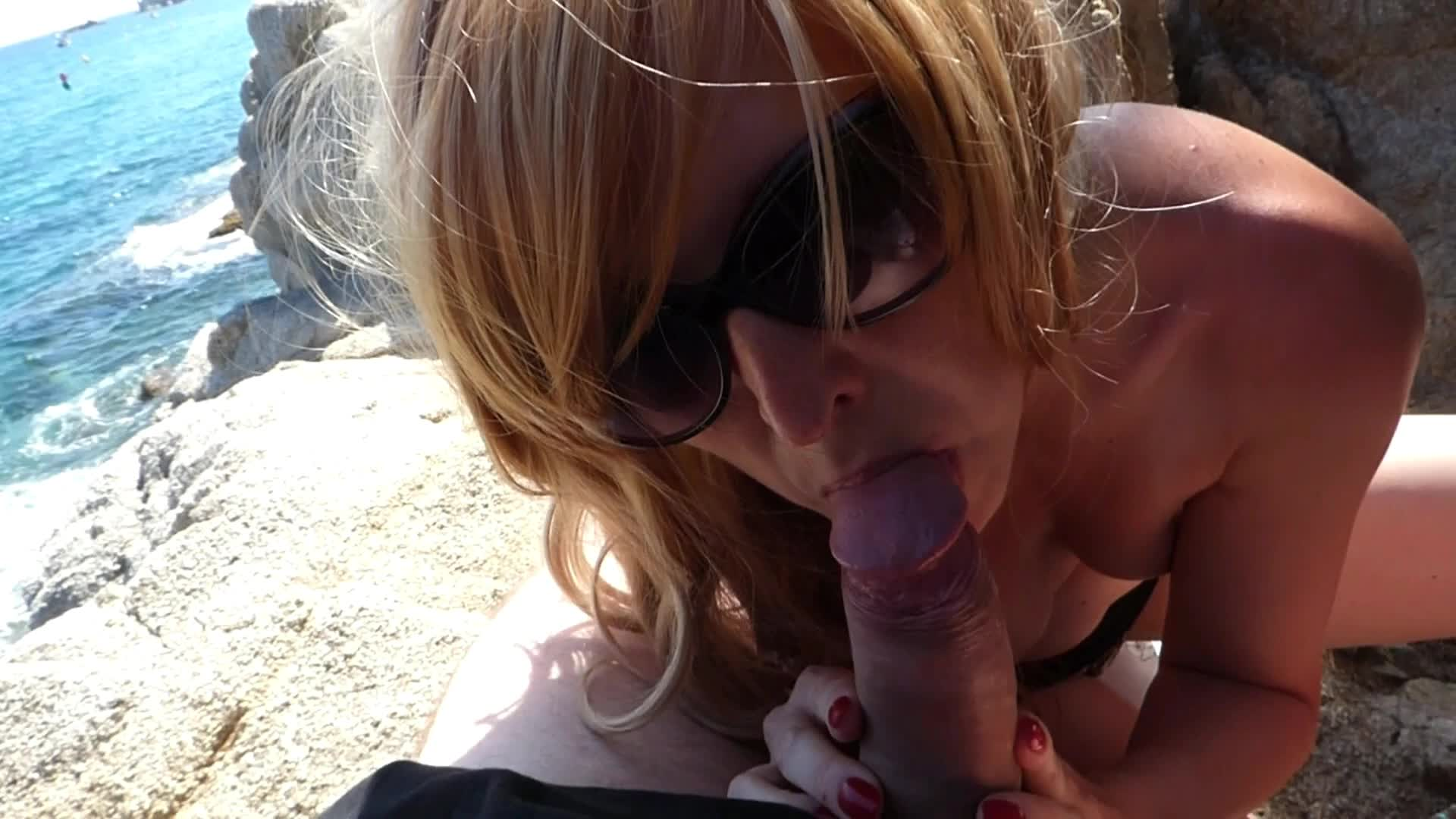 cum addicted Laia'd vid