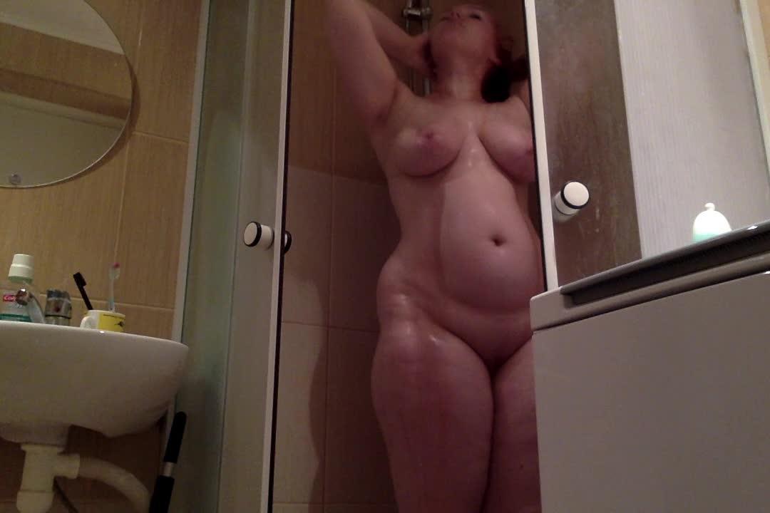 Ruby Rose Fetish'd vid