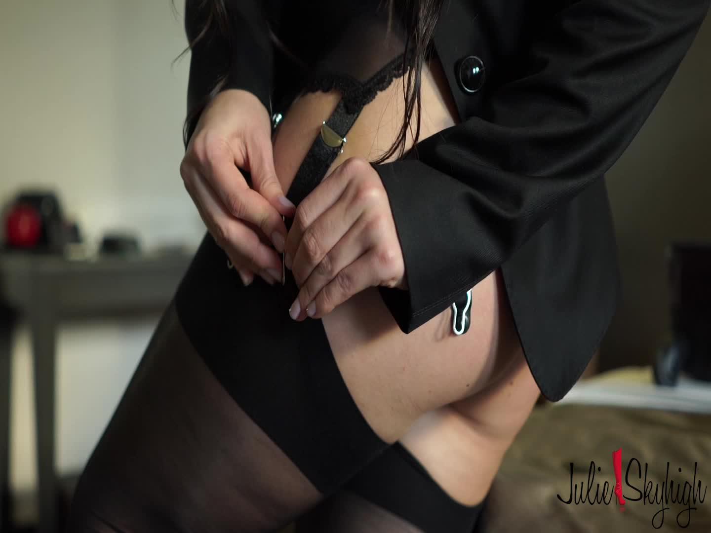 """julie skyhigh"" (Garter & Stockings, High Heels, Secretary, Stocking) Cassie Fire gets ready for the shooting - ManyVids Production"