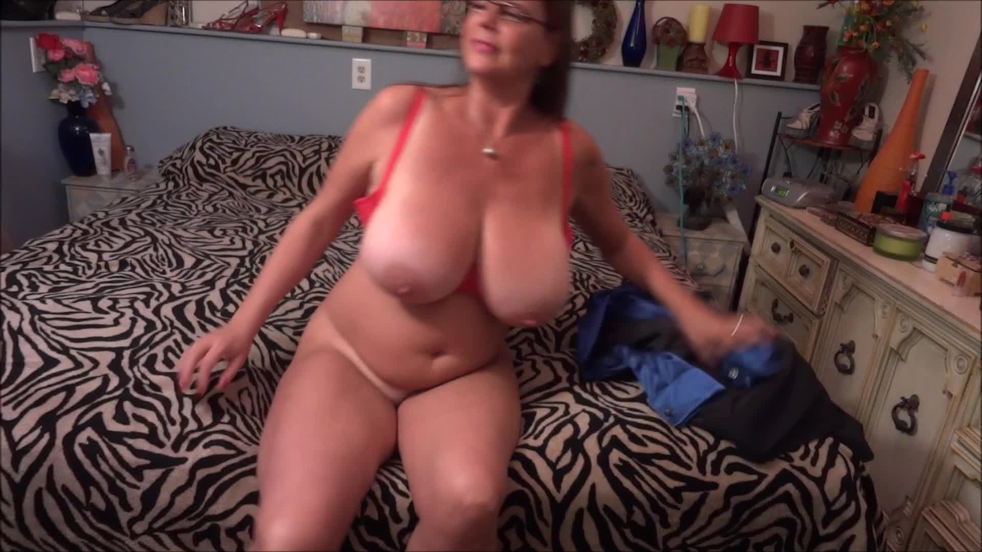 milfcarriemoon'd vid